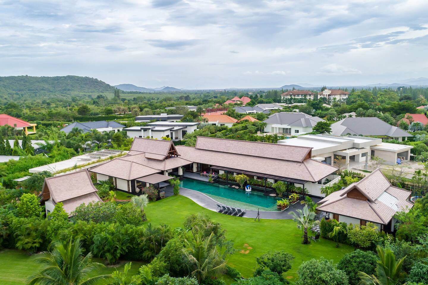 Baan Ing Phu village, 6 bedrooms